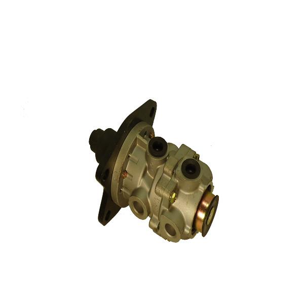 Brake Valve Assy for FUSO OE NO.241-02124